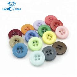 Bricolaje de resina de colores hechos a mano cuatro agujeros hasta el botón de camisa para personalizar
