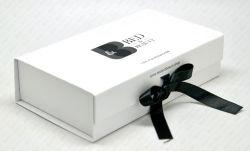 Boîte postale sous-vêtements Les vêtements de couleur Emballage des boîtes de vêtements personnalisés de la vente directe en usine