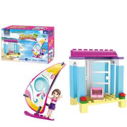 14881102-Kids spielt Abbildung Spielwaren der Stadt-Freund-Mädchen-Serien-Sommer-Strand-Badeanzug-Mädchen-Segeln-Fahrzeug-Auto-Prinzessin-Vorgang
