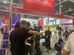 電気スクーター、連続したトレッドミル、高品質のリチウム電池、Foldableポータブル