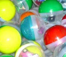 """4 """" giocattoli in serie della capsula di vendita (collezioni 30+)"""