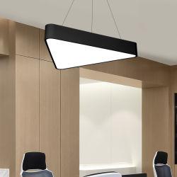 Triângulo hexagonal / proteção ambiental LED Triângulo Oco Office Sala de Educação de luz LED Lustre &Cybercafe Ighting Schoo Luz Pendente Shopping M