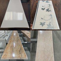 La Chine Fabricant Prix le moins cher de haute qualité blanc pur brillant Refelective aucun panneau mural en PVC transparent aux UV feuille à feuille chaude en marbre d'estampage panneau de plafond en PVC