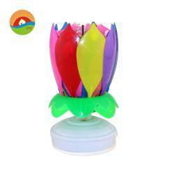Candela di compleanno del fiore di loto di colore del Rainbow di apertura di canto