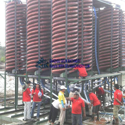 Kalimantanの島のインドネシアの川のジルコンの砂鉱山の螺線形