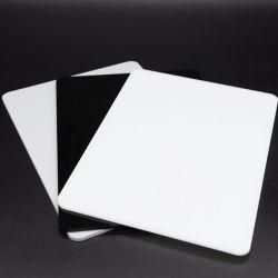 백색과 까만 아크릴 플렉시 유리 장 122X244cm
