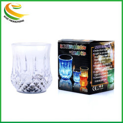 Le liquide activé Multicolor Flash Light vers le haut LED tasses pour le bar à vin d'Ananas Night Club partie verre
