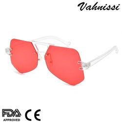 La Corée Lentille acrylique rouge PC du marché de la mode des lunettes de soleil pour les femmes