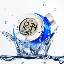 L'environnement de création de produits verts de l'eau avec le calendrier de l'horloge alimenté, thermomètre