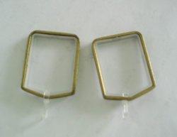Квадратные шторки стержень кольцо с помощью пластикового крепления