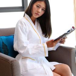 100%年の綿のワッフルのホテルの刺繍の下着のパジャマの浴衣