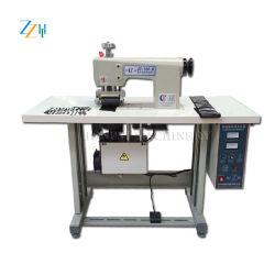 As rendas de ultra-sons de cortar o rolo de máquina de costura