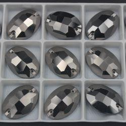 Le bouton ovale brillant de pierre de Rhinestone cousent sur les talons en cristal pour la robe de mariage