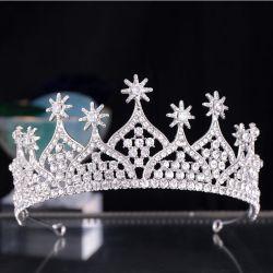 ハンドメイドの白い水晶ティアラの毛の王冠の花嫁の宝石類の装飾