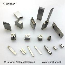 カスタム精密プラスチック電気自動コネクターの部品は予備品を形成する