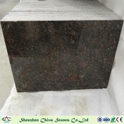 Lastre di pietra naturali indiane del granito del Tan Brown del materiale da costruzione per le mattonelle/controsoffitti/mattonelle/pavimentazione della parete/parte superiore di vanità