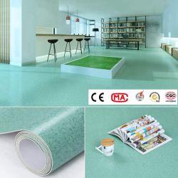 0.8-5mm 두께의 2m 와이드 100% 버진 PVC 탄성 이질성 비닐 상업 및 주거용 롤의 시트 바닥