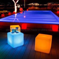 Multi Color RGB LED de luz de plástico exterior impermeable IP65, cubo de 50 X 50 X 50 cm 60 X 60 X 60 cm.