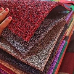 スパゲッティまたは防水PVCビニールの屋外のコイルのマットが付いている耐久力のある非スリップPVCコイルのマットの床Carpet/PVC車のカーペットまたはプラスチック金鉱山のコケのマットの草のカーペット