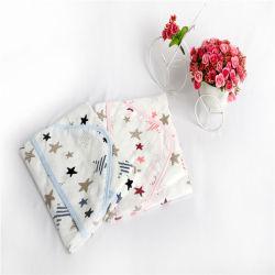 綿ガーゼタオルの赤ん坊プロダクトが付いている OEM そしてカスタマイズされたタケ 赤ん坊の浴室タオルのため