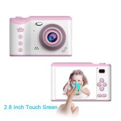 子供のポラロイドのタッチ画面のデジタル子供のカメラ