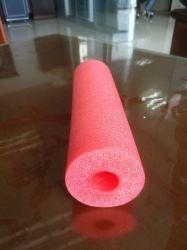 Una capa de espuma de polietileno tubo de aislamiento para aire acondicionado