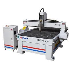 Treppe CNC-Fräser-Maschine des Holz-1325 kleine CNC-Stich-Ausschnitt-Maschine für die Tür-Herstellung
