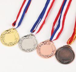 ميداليات ذهبية فضية برونزية مخصصة للميداليات الفائزة على طراز الرياضات