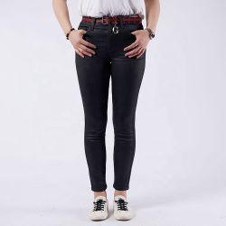 De volledige Magere Broeken van de Jeans van de Vrouwen van de Keten van de Productie Zwarte MEDIO Taille Gewassen