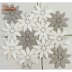 素晴らしいデザイン花の形の混合された大理石のWaterjetモザイク石