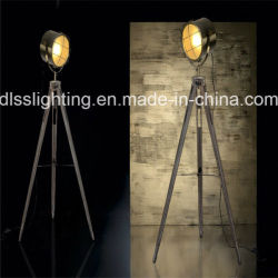 2017 Vintage en bois de forme Spotlight&trépied de sol permanent de la lampe en acier