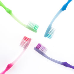 Hogar OEM diario PP/Nylon Cepillo de dientes para niños y los niños