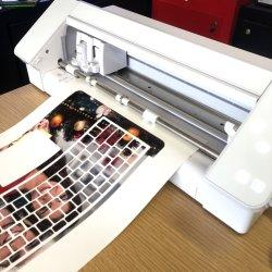 iPhone용 휴대폰 덮개를 만들 수 있는 기계
