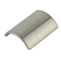 Courbe de NdFeB Permannet Hot vendre/Arc aimant puissant de petits aimants N52 Nikel/zinc de la Chine fabrique