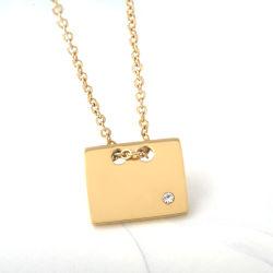 مجوهرات أزياء جديدة من الفولاذ المقاوم للصدأ مربع الذهب عقد ماسي مطلية بالذهب