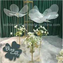 Nebelhafte Blumen, künstliche Blumen-Stütze-Dekoration für Hochzeits-Stadium, kreativer Hintergrund, System-Fenster-Bildschirmanzeige