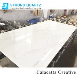 CalacattaのCalacattaの純粋で白い平板が付いている創造的な水晶石