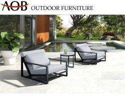 Tejido de alta calidad de muebles de exterior junto al mar piscina tumbona tumbona reclinable Silla de playa con mesa de café