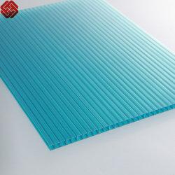 Mehrfarbiges Fahnen-Polycarbonat (für die Gewächshäuser - zurechtgeschnitten)