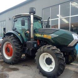 Les machines agricoles 130HP quatre roues motrices/tracteur de ferme agricole avec de gros pneus