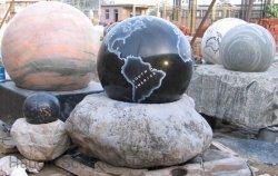 Água de mármore esfera rolante Fountain com mapa global, decoração de jardim de esculturas de mármore