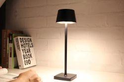 Liga de alumínio LED Recarregável Turismo Tabela luz de leitura