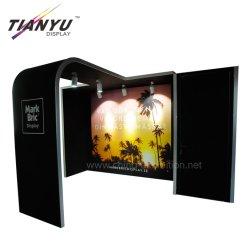 3x3 크기의 휴대용 디자인 표준 알루미늄 소매 파티션 벽 모던 전시용 쉘 패널