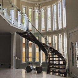 Moderno apartamento de madera maciza de interior Escaleras Escaleras Baranda de vidrio curvo