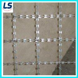 150 x 150 mm 正方形穴レーザーワイヤー溶接メッシュ