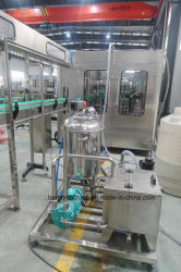 Remplir le flacon en verre de jus de fruits frais boissons Lineline de remplissage de la production de traitement