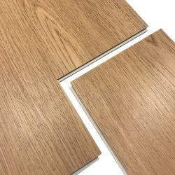 Fotos de piso de baldosas cubiertas para piscina Balcón Baño del suelo El suelo de la vida Spc placas de acero prensado suelos SPC