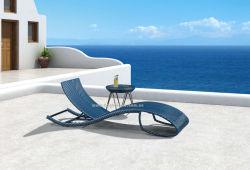 Patio spéciales de conception moderne de rotin Laybed tissage de la plage des chaises en osier de plein air en aluminium Sun Lounge