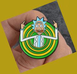Zoe 릭 미스와 Morty 고전적인 만화 아이콘 작풍 사기질 Pin 기장 단추 브로치 Anime 애인 셔츠 데님 재킷 접어젖힌 옷깃 Pin