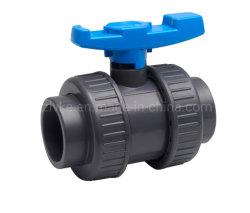 PVC plástico UPVC racor doble válvula de bola para el suministro de agua